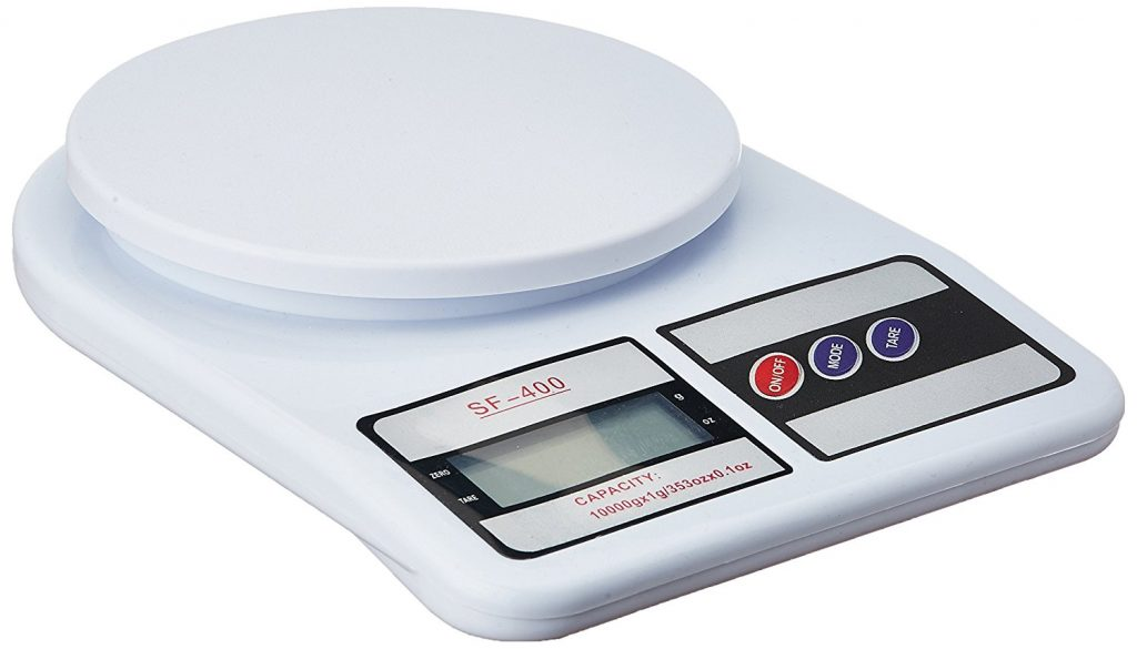 must-have kitchen gadgets - measuring scale