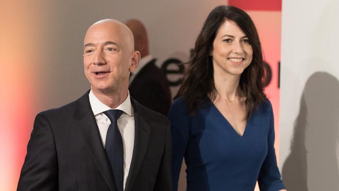 Jeff Bezos's divorce from MacKenzie Bezos