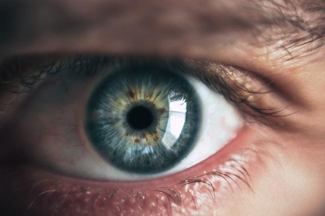 Retina damage