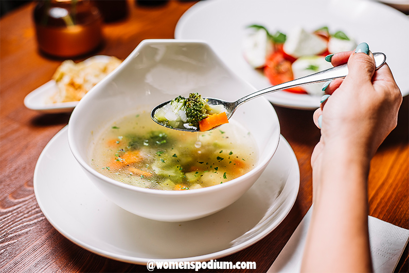 Vegetable soup and juices