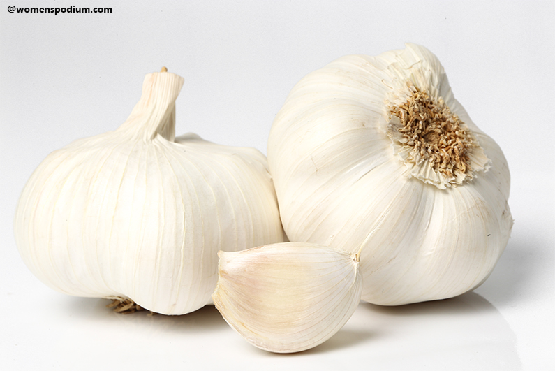 Garlic - Foods to Detox Your Body