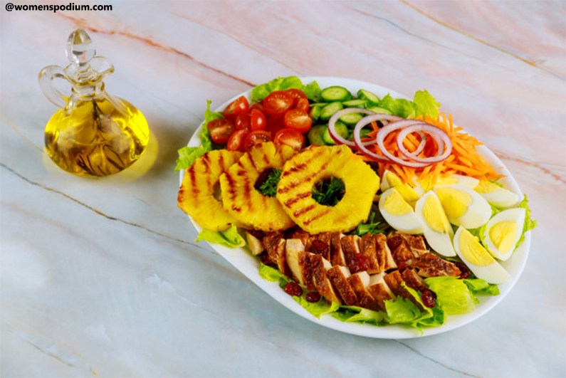 Grilled chicken with pineapple salad - healthy dinner ideas