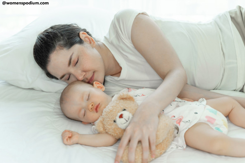 Gentle Touch While Sleeping - Baby's Sleep Pattern