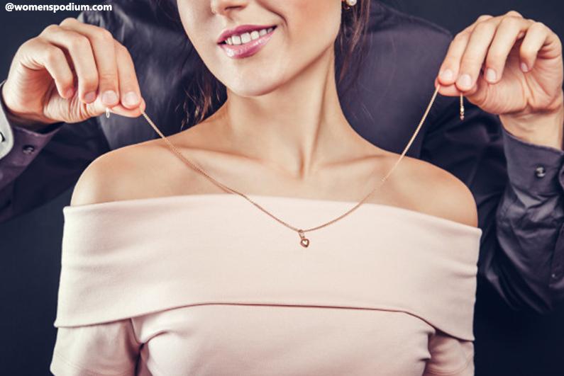 Gift Ideas for Women - Necklace/Diamond Jewelry