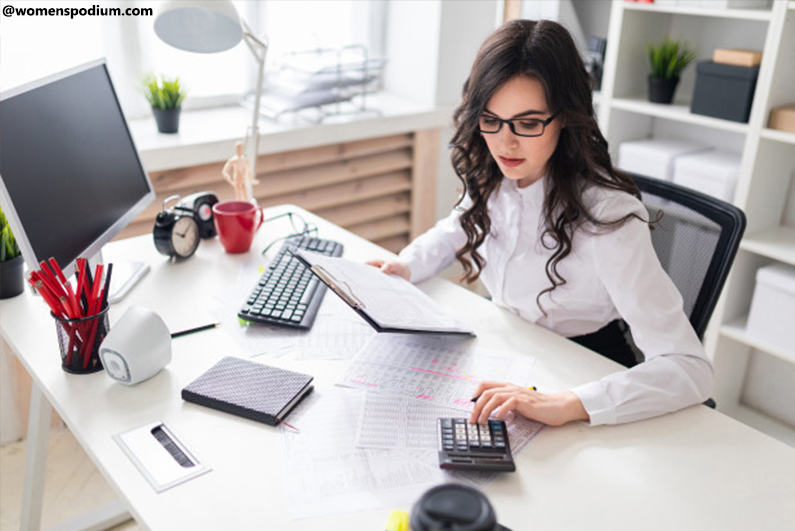 Jobs for Working Moms - Accountant or Auditor