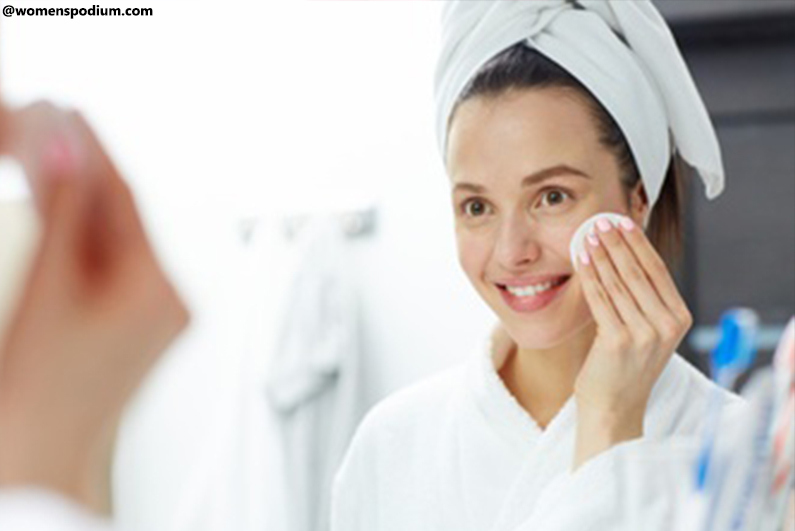 How to Remove Makeup - Remove From The Face